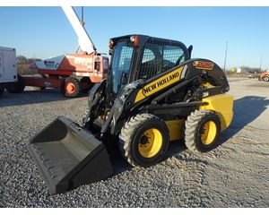 New Holland L225 Skid Steer Loader