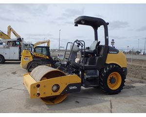 Volvo SD45D Smooth Drum Compactor