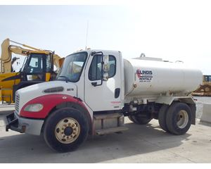 Freightliner BUSINESS CLASS M2 100 Water Tank Truck