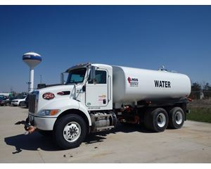 Peterbilt 348 Water Wagon