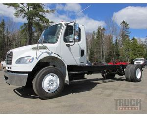 Freightliner M2106 Cab & Chassis