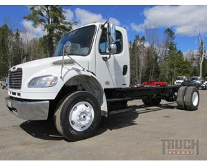 Freightliner M2 106 Cab & Chassis