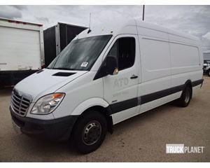 Freightliner Sprinter 3500 Cargo Van