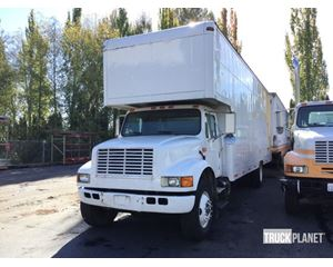 International 4900 Cargo Truck