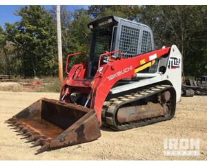 Takeuchi TL12 Compact Track Loader