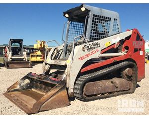 Takeuchi TL230 Compact Track Loader