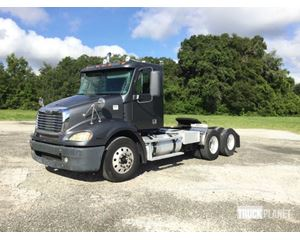Freightliner Columbia 112 T/A Conventional Day Cab
