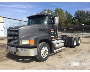 Mack CH613 T/A Conventional Day Cab