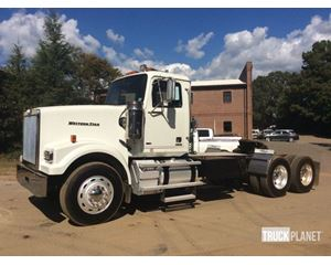 Western Star 4900FA T/A Conventional Day Cab