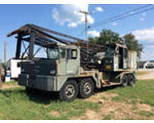 FMC/Link-Belt HC-138 Lattice-Boom Truck Crane