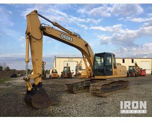 John Deere 200C LC Track Excavator