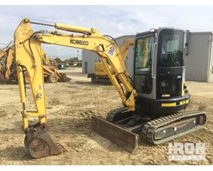 Kobelco SK35SR-5 Track Excavator