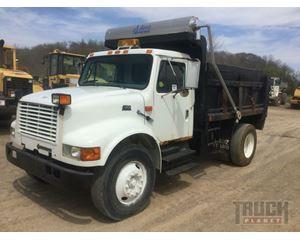 International 4700 S/A Dump Truck