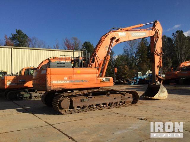 2012 Doosan DX300LC-3 Track Excavator For Sale, 5,341 Hours