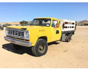 Dodge W2 4x4 Flatbed Truck