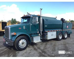 Peterbilt 357 T/A Fuel & Lube Truck