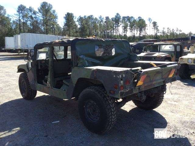military surplus vehicles for sale autos weblog. Black Bedroom Furniture Sets. Home Design Ideas