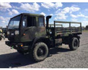 Stewart & Stevenson M1078 LMTV 4x4 Cargo Truck