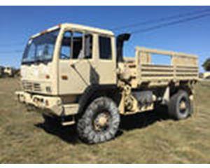 Stewart & Stevenson M1078A1 LMTV 4x4 Cargo Truck