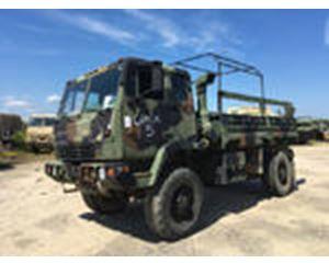 Stewart & Stevenson M1081 LMTV 4x4 Cargo Truck