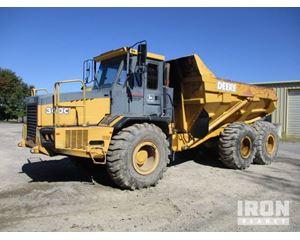 John Deere/Bell B3C 6x6 Articulated Dump Truck