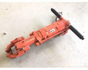 APT 155 Pneumatic Breaker
