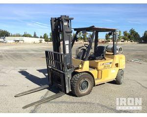 Cat GP40K1 Pneumatic Tire Forklift