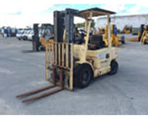 Hyster H4XM Pneumatic Tire Forklift