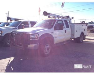 Ford F-450 XL Super Duty 4x4 Service Truck w/ Crane