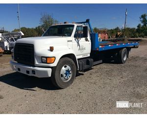 Ford F-800 S/A Rollback Truck