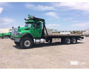 International 7500 T/A Rollback Truck