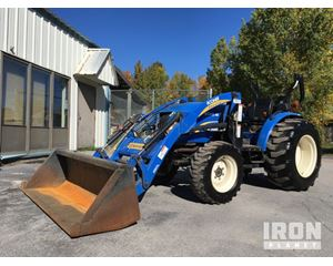 New Holland Boomer 40 4x4 Farm Tractor