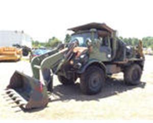 Freightliner FLU419 Small Emplacement Excavator