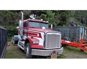 Freightliner Glider Truck