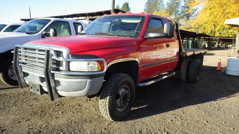 2000 dodge ram 3500 flatbed truck for sale  225 631 miles
