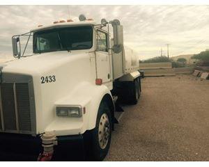 Kenworth t-800 Water Truck