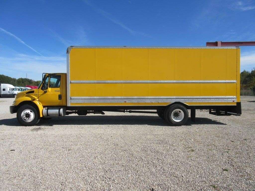 2013 International Durastar 4300 Box Truck Dry Van For