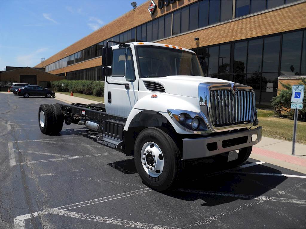 2018 International 7400 Single Axle Cab & Chassis Truck, N9, 330HP,  Automatic