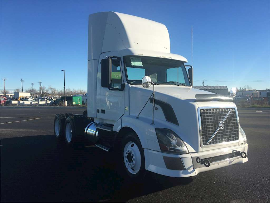Volvo Ved12volvo D13 Fuse Box Ved12 Wiring Diagram Injector Harness 2010 Vnl64t300 Day Cab Truck For Sale 609 551 Miles