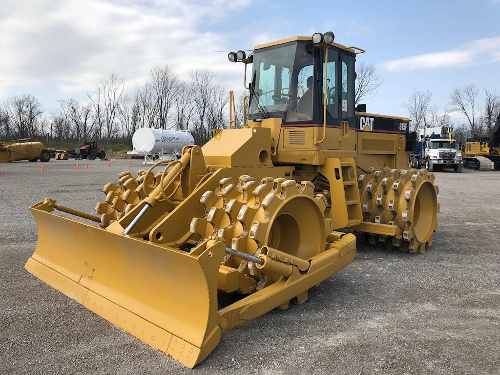 2005 Caterpillar 815F Padfoot Roller Compactor For Sale, 12,216 ...
