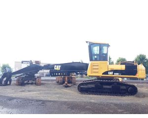 Caterpillar 330D FM Log Loader