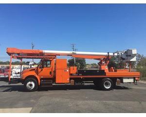 International 4400 Bucket / Boom Truck