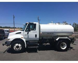 International 4200 Water Tank Truck