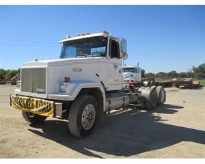 Volvo ACL6 Conventional Truck