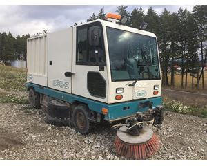 Tennant 830 II Sweeper / Vactor