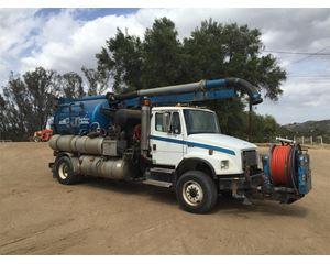 Vactor 2100 Vacuum Truck