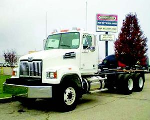 Western Star 4700 Conventional Daycab