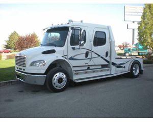 Freightliner M2 Sleeper Truck