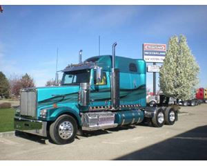 Western Star 4900EX Sleeper Truck