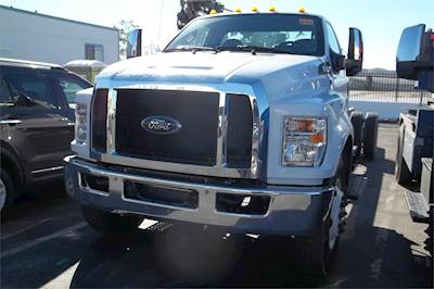 2019 Ford F-650 Single Axle Cab & Chassis Truck, 6 8L V10, 320HP, Automatic